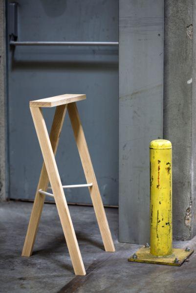 tabouret-occasional-rest-Piotr-Szpryngwald-designer