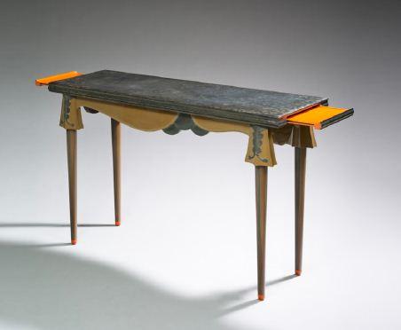 Console - Eileen Gray - 1918-1920 - Bois laqué de Chine poli et arraché - © Monsieur Christian Baraja - Studio SLB