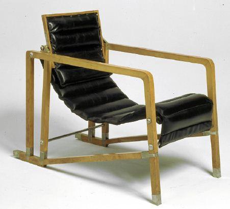 Fauteuil Transat - Eileen Gray - 1926-1929 - © Centre Pompidou - Jean-Claude Planchet
